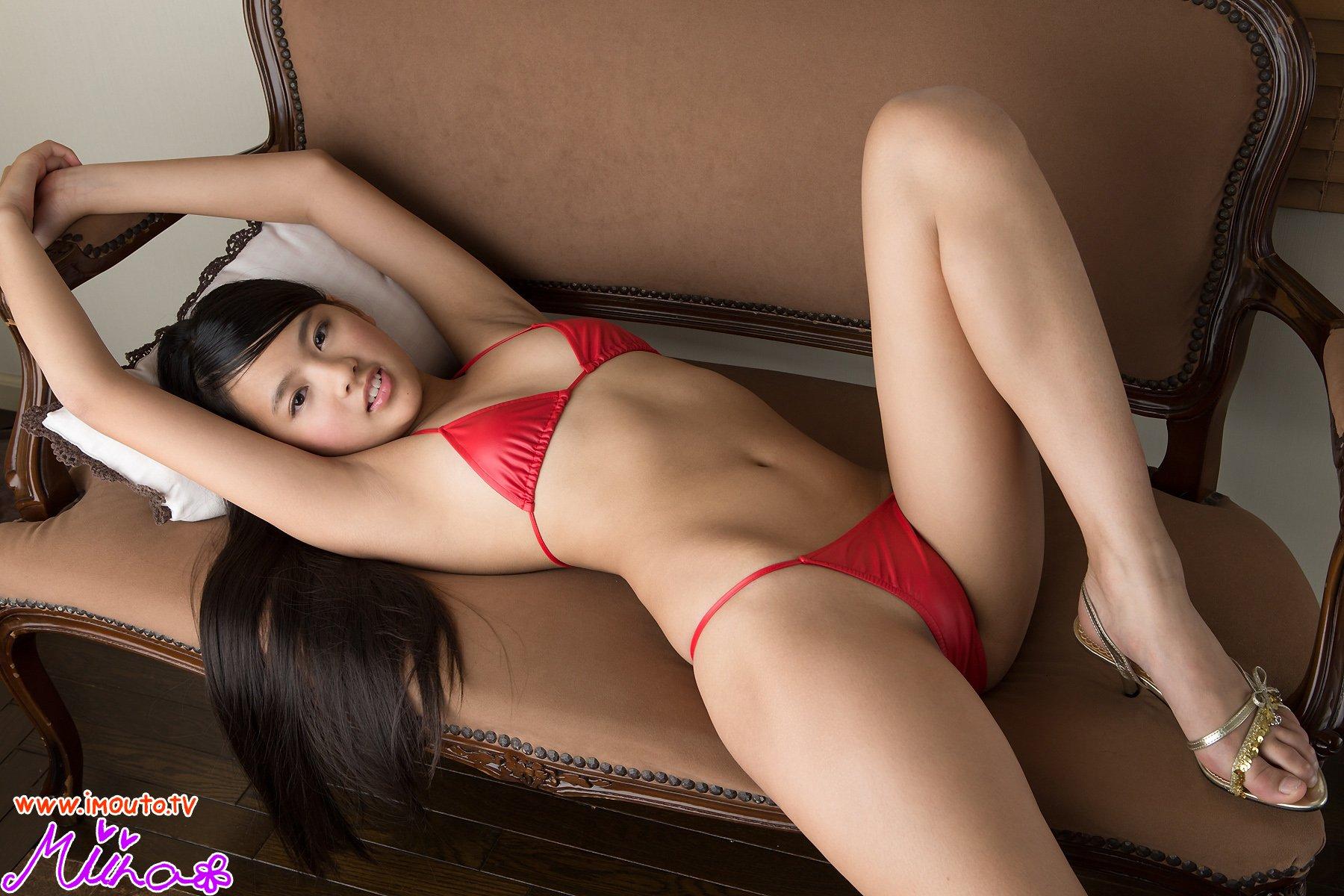 ジュニアアイドル 椿美衣奈